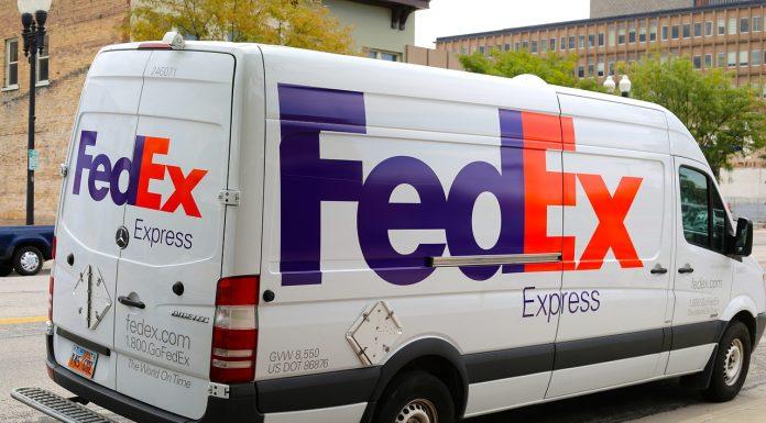 Véhicule FedEx